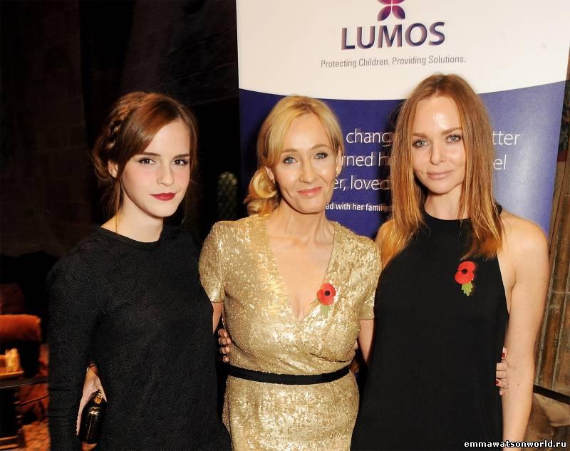 Эмма Уотсон на благотворительном вечере Джоан Роулинг